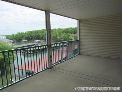 Lake Ozark Condo For Sale: 315 2-B Highland Shores Drive W #2-B