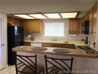 Lake Ozark Condo For Sale: 85 La Jolla Drive #3 A