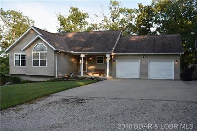 Camdenton Single Family Home For Sale: 16 Ravenwood Court