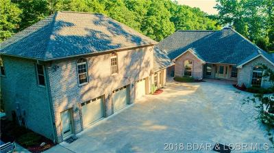 Lake Ozark Single Family Home For Sale: 79 Grizzly Lane