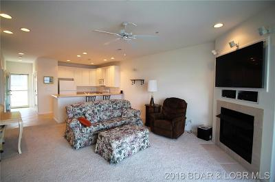 Osage Beach Condo For Sale: 5450 . Christopher Drive #422