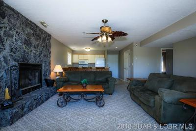 Benton County, Camden County, Cole County, Dallas County, Hickory County, Laclede County, Miller County, Moniteau County, Morgan County, Pulaski County Condo For Sale: 825 Indian Pointe #825