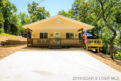 Sunrise Beach Single Family Home Contingent: 39 Shady Ozark Lane