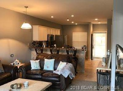 Camdenton Condo For Sale: 138 Oak Harbor Drive #4A