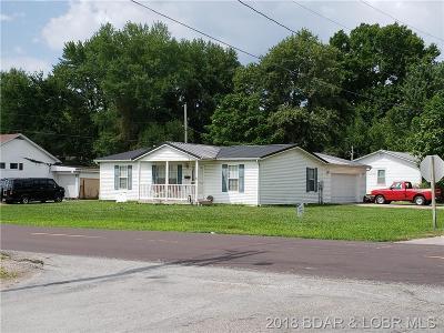 Eldon Single Family Home For Sale: 1 Grand Avenue S