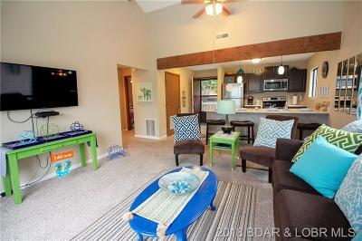 Lake Ozark Condo For Sale: 70 Robinwood Drive #3A