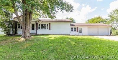 Benton County, Camden County, Cole County, Dallas County, Hickory County, Laclede County, Miller County, Moniteau County, Morgan County, Pulaski County Single Family Home For Sale: 813 Gordon Lane