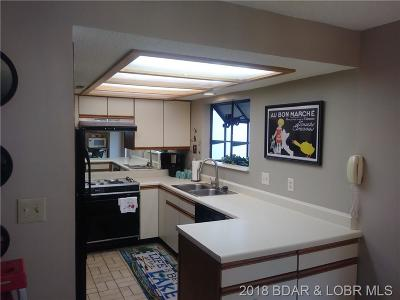 Lake Ozark Condo For Sale: 23 Laguna Drive #3B/753
