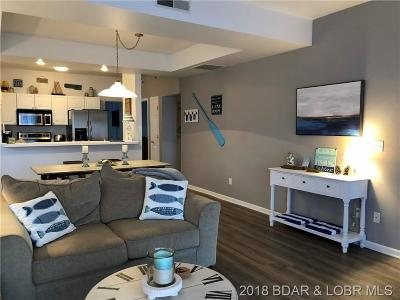 Lake Ozark Condo For Sale: 100 Harbour Towne Drive #105W