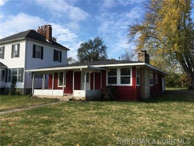 Benton County, Camden County, Cole County, Dallas County, Hickory County, Laclede County, Miller County, Moniteau County, Morgan County, Pulaski County Single Family Home For Sale: 103 S Walnut Street