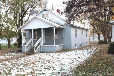 Single Family Home For Sale: 446 Morgan Street