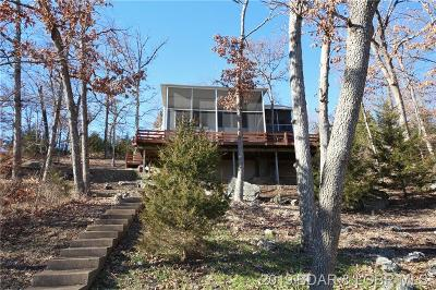 Lake Ozark Single Family Home Active Under Contract: 82 Ravenwood Drive