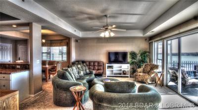 Lake Ozark Condo For Sale: E202 Harbour Towne Drive #E202