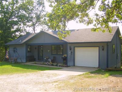 Benton County, Camden County, Cole County, Dallas County, Hickory County, Laclede County, Miller County, Moniteau County, Morgan County, Pulaski County Single Family Home For Sale: 17 Bahama Lane