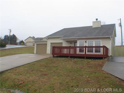 Warsaw Single Family Home For Sale: 22864 Lake Villa Drive