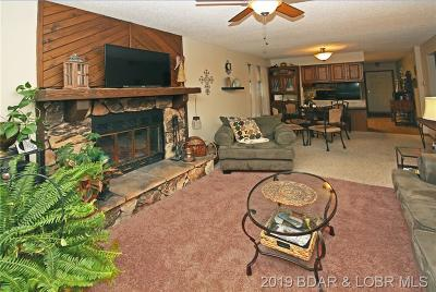 Lake Ozark Condo For Sale: 20 Wheelhouse Court #E-A4