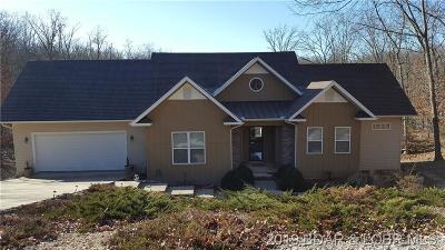 Lake Ozark Single Family Home For Sale: 122 Hillside Road