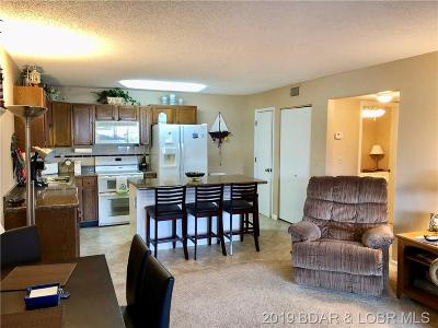 Lake Ozark Condo For Sale: 150 Southwood Shores Brook #21-1D