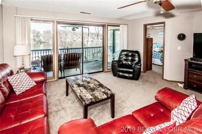 Lake Ozark Condo For Sale: 98 Jonathan's Landing Drive #2D
