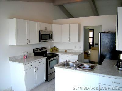 Lake Ozark Condo For Sale: 386 Water's Edge Drive #3 A