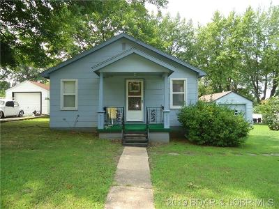 Benton County, Camden County, Cole County, Dallas County, Hickory County, Laclede County, Miller County, Moniteau County, Morgan County, Pulaski County Single Family Home For Sale: 203 Hickory Street