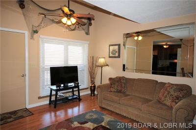 Lake Ozark Condo For Sale: 105 Den Cove Lane #3A