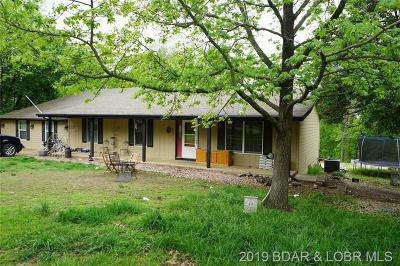 Lake Ozark Single Family Home For Sale: 33 Owls Roost Lane