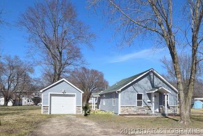Eldon Single Family Home For Sale: 423 Court Street W