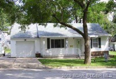 Eldon Single Family Home Active Under Contract: 310 Olive Street N