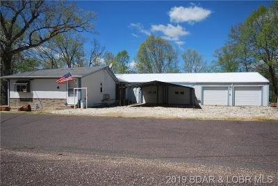 Benton County, Camden County, Cole County, Dallas County, Hickory County, Laclede County, Miller County, Moniteau County, Morgan County, Pulaski County Single Family Home For Sale: 26522 Lenox Road