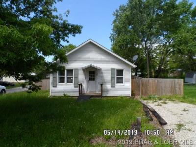 Single Family Home For Sale: 501 Hughes Avenue N