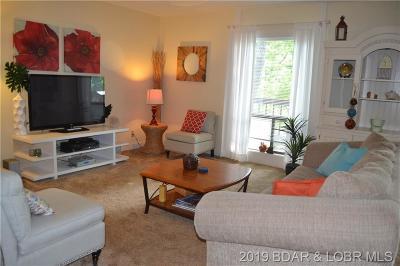 Lake Ozark Condo For Sale: 73 Den Cove Lane #73