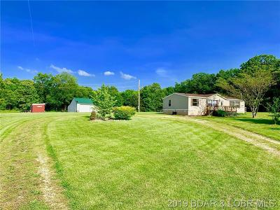 Benton County, Camden County, Cole County, Dallas County, Hickory County, Laclede County, Miller County, Moniteau County, Morgan County, Pulaski County Single Family Home For Sale: 33700 State Highway D