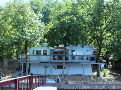 Single Family Home Active Under Contract: 31431 Barrel Road