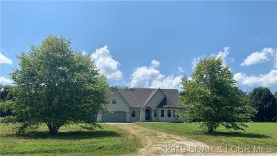 Camdenton MO Single Family Home For Sale: $145,000