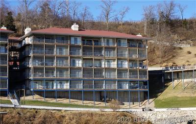 Lake Ozark Condo For Sale: 392 Palisades Condo Drive W #4A