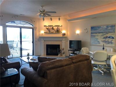 Lake Ozark Condo For Sale: 86 Aqua Fin Drive #2A