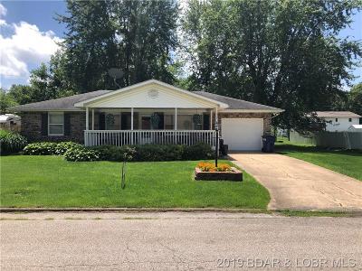 Eldon Single Family Home For Sale: 508 W. Bourbon