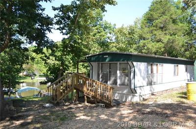 Benton County, Camden County, Cole County, Dallas County, Hickory County, Laclede County, Miller County, Moniteau County, Morgan County, Pulaski County Single Family Home For Sale: 32973 Cedar Drive