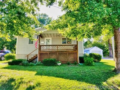Versailles MO Single Family Home For Sale: $132,900