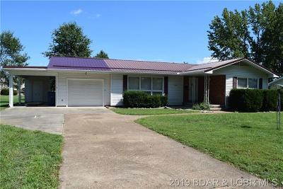 Eldon Single Family Home For Sale: 206 Lynn Avenue
