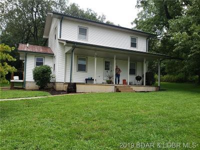 Eldon Single Family Home For Sale: 204 Godfrey Avenue N