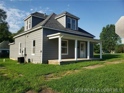 Eldon Single Family Home Active Under Contract: 502 6th Street W