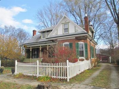Berger, New Haven Single Family Home For Sale: 301 - 303 Walnut Street