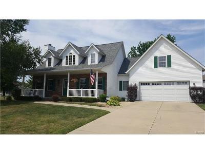 Highland Single Family Home For Sale: 320 Regency Court