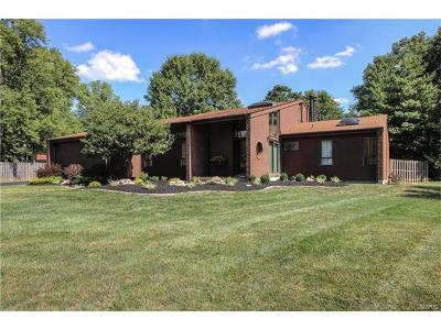 Chesterfield Single Family Home For Sale: 14027 Ladue Road Road