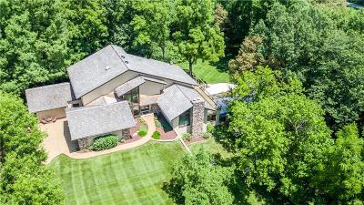 Chesterfield Single Family Home For Sale: 16121 Walnut Hill Farm Drive