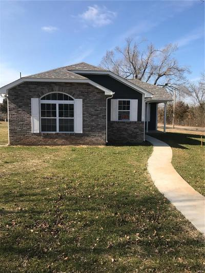 Desloge Single Family Home For Sale: 115 White Oak