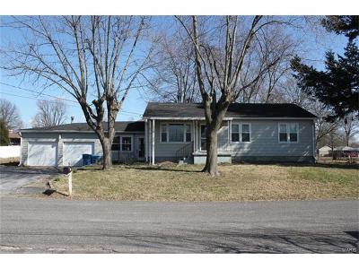 Maryville Single Family Home For Sale: 204 Giofre Avenue