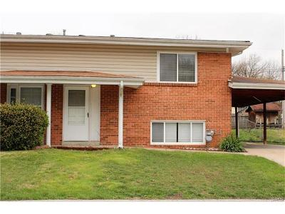 Single Family Home Sold: 3339 Elm